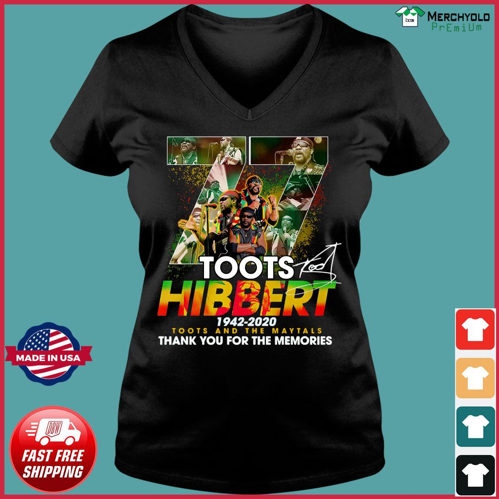 Official 77 Toots Hibbert 1942 2020 Toots And The Maytals Thank You For The Memories Signature Shirt Ladies V-neck Tee